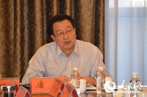 全国人大代表,中航飞机股份有限公司总经理唐军