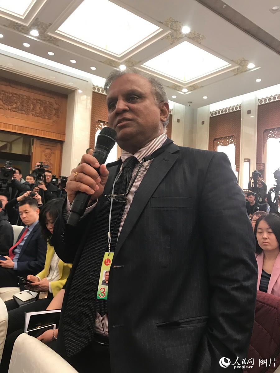 印度报业托拉斯北京分社记者