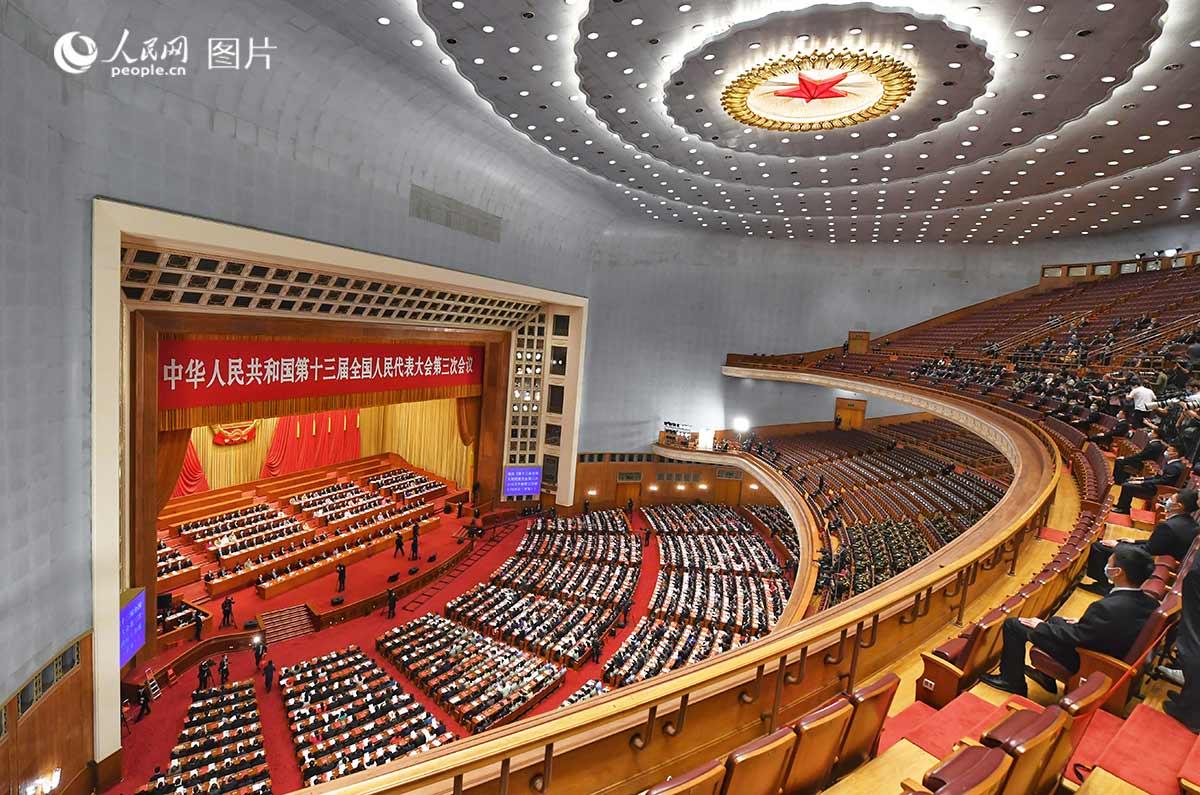十三届全国人民代表大会第三次会议闭幕。人民网记者 翁奇羽 摄