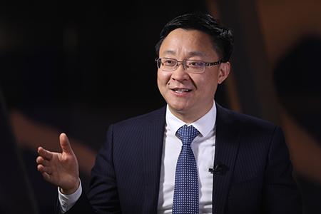 刘庆峰代表:让企业家和科学家深入互换碰撞